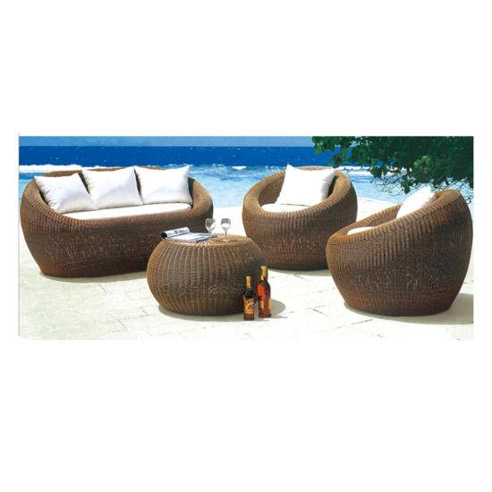 2019 Custom Fashion Wholesale Outdoor Rattan Garden Wicker Furniture Sofa