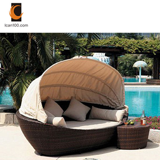 High Temperature Resistance Luxurious Furniture Outdoor Beach Pool Rattan Wicker Sun Bed pictures & photos