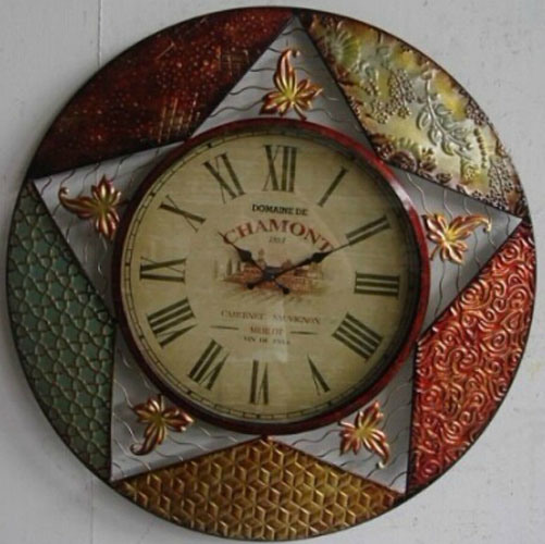 OEM Design Novelty Metal Wall Clock pictures & photos