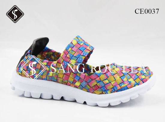 Colorful and Leisure Kids and Women Sneaker Weave Walking Shoes pictures & photos