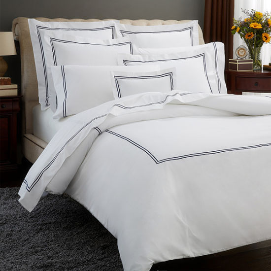 Luxury Embroidered Bedding Duvet Quilt Cover Set pictures & photos