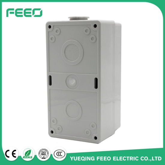 MCB IP66 Plastic Box 4way Waterproof Enclosures 8way Distribution Box pictures & photos