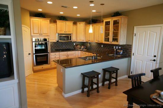 China Light Wood Kitchen Cabinet Lw10, Kitchen Cabinets Light Wood