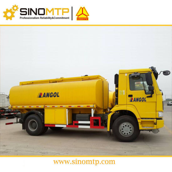 HOWO 4X2 Fuel Oil Tank Truck with 9, 000L Tanker pictures & photos