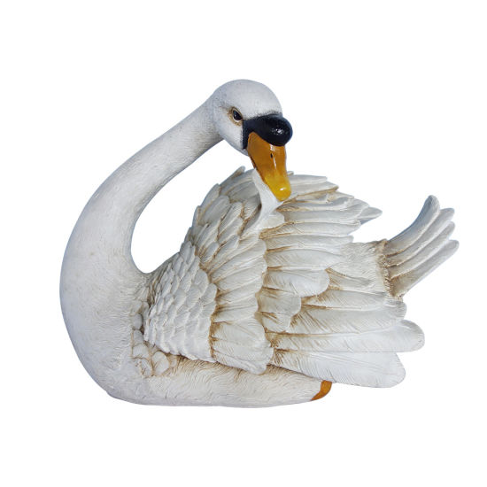 Wholesale New Arrive Landscape Simulated Floating Resin Swan Statue for Garden Decor