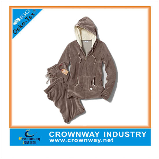 Custom Fashion Women Clothes Soft Velour Hoody Track Suit pictures & photos