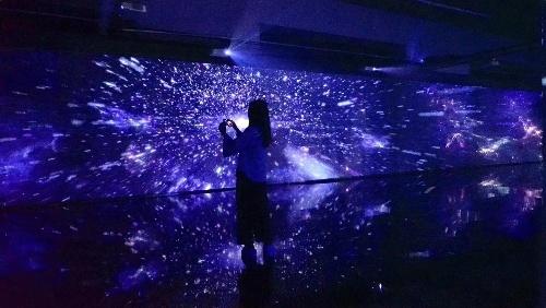 3D Floating Image Mesh Screen Transparent Big Size for Stage