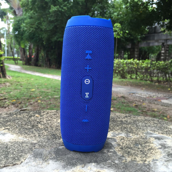 Bluetooth Speaker Portable Outdoor Camping Sports Wireless Dual Speaker Column Loudspeaker Soundbar with FM pictures & photos