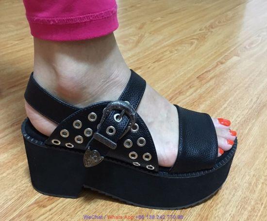 0284c49e7ba74 Women′s High Heel Platform Leather Flatform Wedge Casual Sandal Shoes