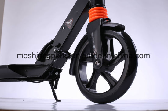 Whlesale Foldable Adult Kick Scooter pictures & photos