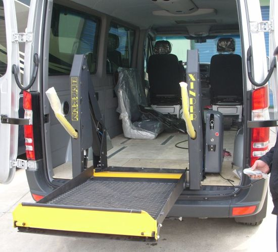 Wl-D Series Mobility Wheelchair Lifts for Van and Minivan pictures & photos