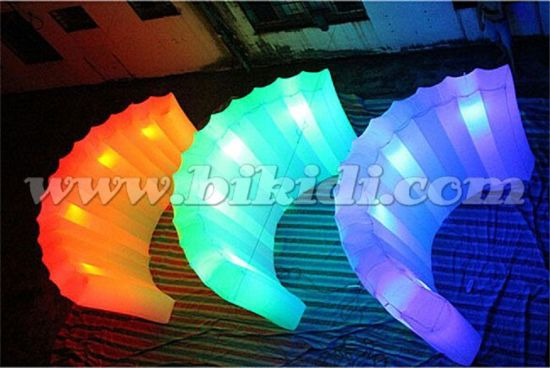 LED Changing Color Inflatable Wall, Inflatable Lighting Exhibition Wall C3004 pictures & photos