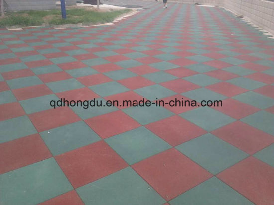500*500mm Gym or Kindergarden Used Interlock Square Type Rubber Tile pictures & photos