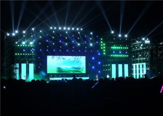 Full Color LED Display Indoor Rental LED Screen Panel