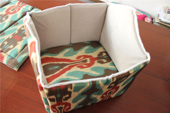 Folded Available Pet Supplies Dog Cat Cushion Bed Sofa House Cat pictures & photos