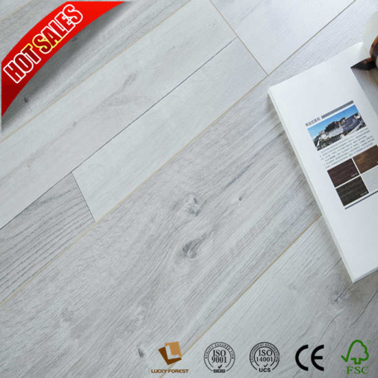China Blue Laminate Flooring Easy Click 8mm 12mm Medium Embossed