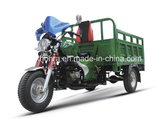 China Manufacturer Stronger Tricycle, Heavy Three Wheel Tricycle for Cargo, 150cc, 200cc, 250cc Tricycle pictures & photos