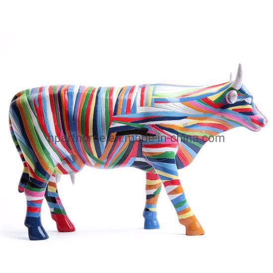 Contemporary Fashion Rich-Colored Resin Cow Figurine Souvenir Decoration