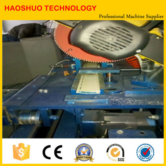 Foaming Aluminum Shutter Forming Machine pictures & photos