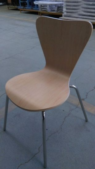 Hot Sale Good Quality Stainless Steel Wooden Restaurant Chairs pictures & photos