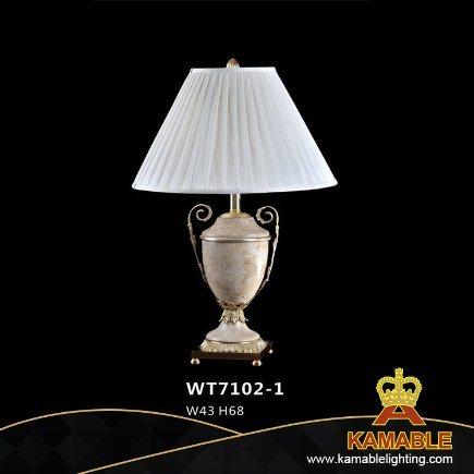 Classial Office Home Decoration Ceramic Brass Desk Light (WT7102-1)
