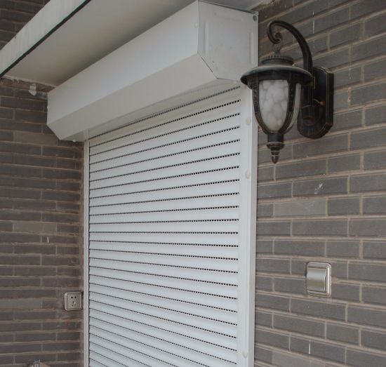 Motorized Window Shutter pictures & photos
