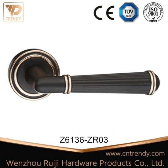 Special Style Zinc Alloy Lever Handle Door Lock (Z6136-ZR03-CL)