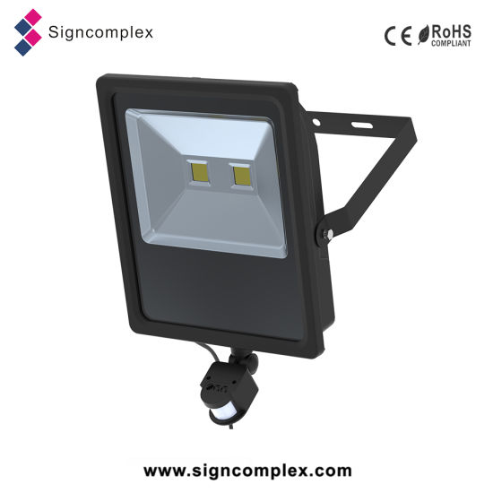 Ultra-Slim IP65 30W High Quality Energy Saving LED Street Light pictures & photos