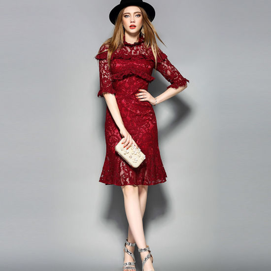 Polyester Red Hollow Floral Printed Women Dress with Half Sleeve pictures & photos