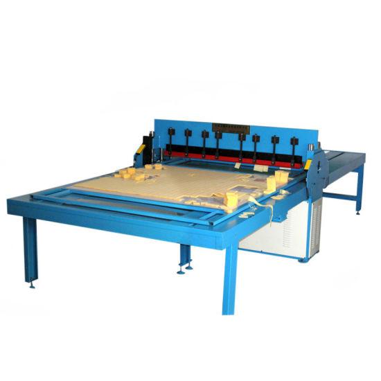 Full Automatic Fabric Textile Sample Swatch Cutting Machine