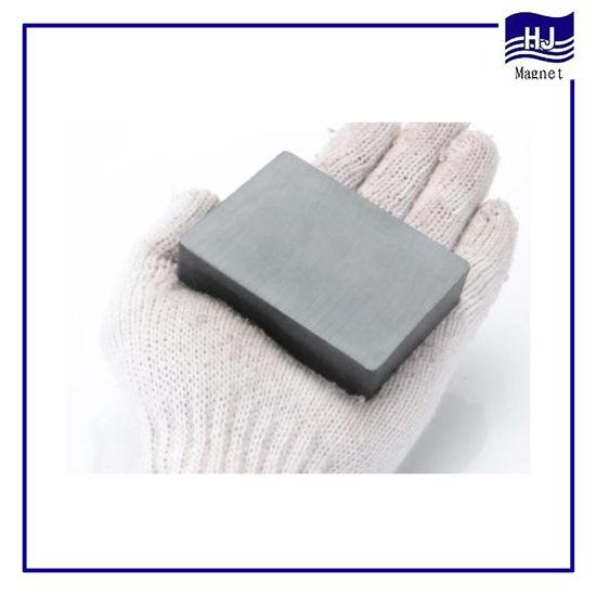 Strong Power Square Block Y10-Y30 Sintered Ferrite Magnet with Hole Customzied