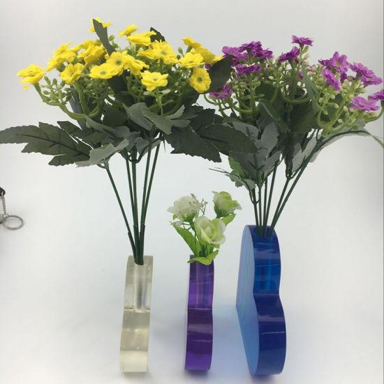 China Heart Shape Acrylic Flower Vase China Acrylic Flowerv Vase