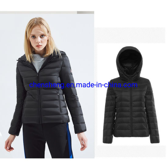 Stock Women Light 90% Down Jacket with Hoodie