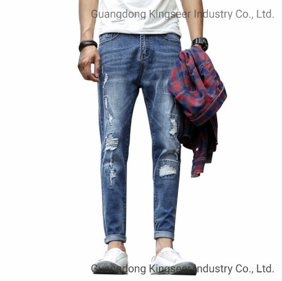 Factory Wholesale New Design Fashion Clothes Cotton Men Pants Ripped Stretch Denim Spliced Hole Skinny Stock High Quality Bulk Jeans pictures & photos