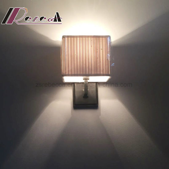 Modern Hotel Indoor Room Steel Bedside Wall Lamp pictures & photos