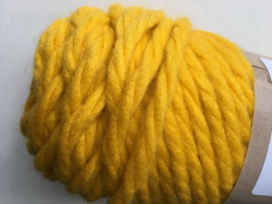 Solid Color Hand-Knitting Ball Yarn pictures & photos