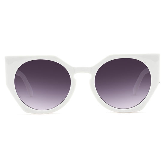 2019 Trendy Rectangle Shape White Frame Fashion Sunglasses pictures & photos
