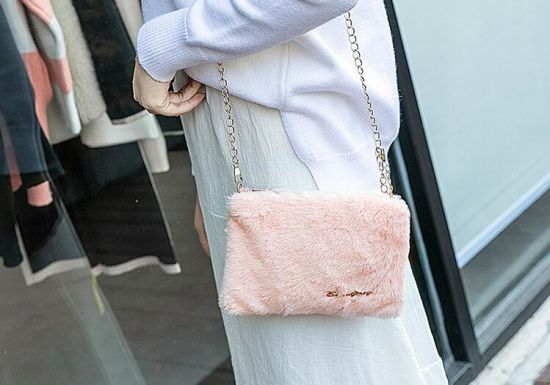 in Stock Fashionable 2020 Winter Women Fur Bag, Wholesale Market AAA Handbag