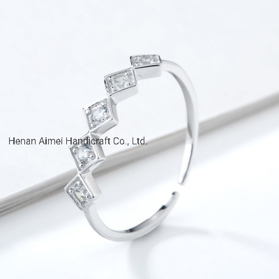 Diamond-Shaped Inlaid Zircon Ring Charming Simple 925 Silver Rings