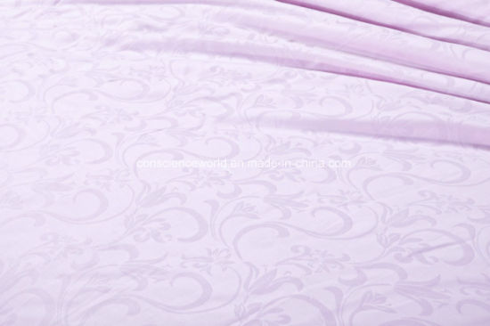 100%Mulberry Silk Quilt by Handmade with Luxury Jacquard Cotton Fabric pictures & photos
