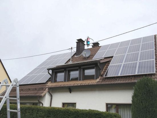 Ce 400W Magle Wind Turbine with Solar Panel Home Project pictures & photos
