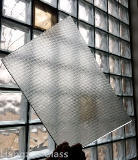 4mm 5mm Patterned/Figured/Rolled Glass with Mistlite Glass for Building