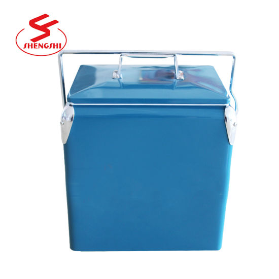 China Wholesale Mini 17L Vintage Retro Beer Cooler Box for Camping