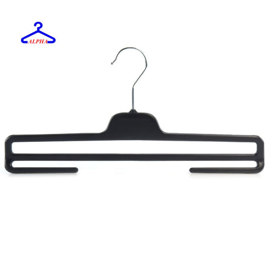 Black Plastic Garment Clothes Hangers with Trouser Bar pictures & photos