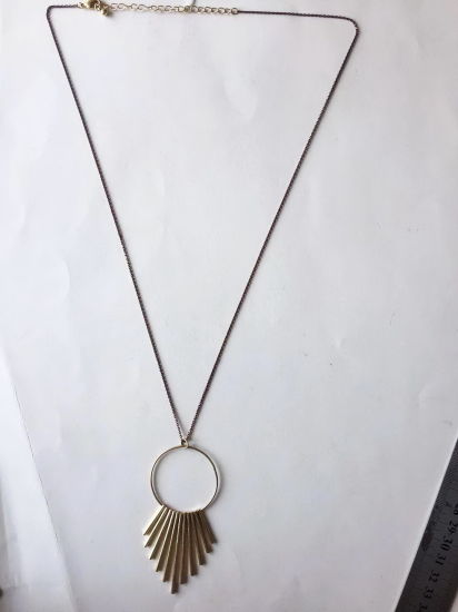 Fashion Necklace Gold with Metal Pendant 31~35+8cm