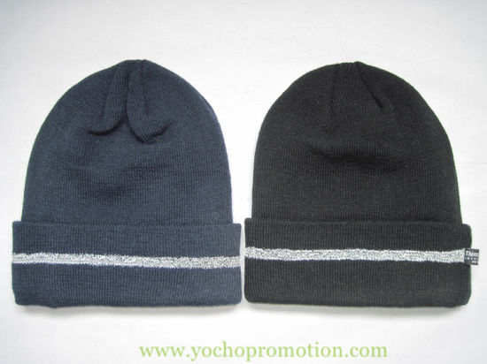 China 100% Acrylic Beanie Knitted Hat with 3m Reflective Strip on ... 86bf7562ed17