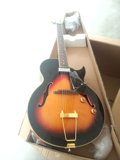 New Wholesale Stock High Quqliaty Electric Guitar pictures & photos
