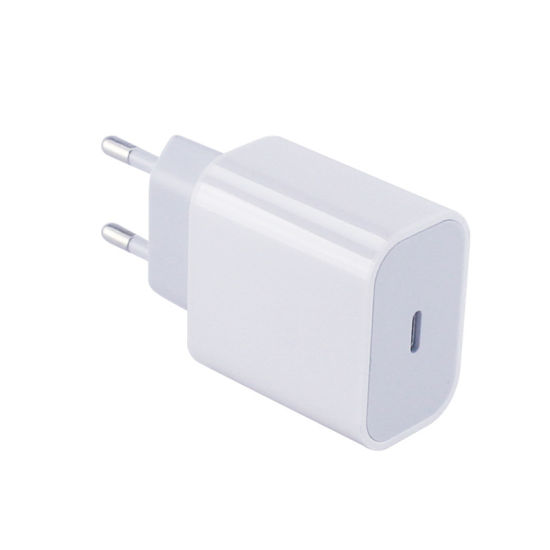 18W Pd USB Type C Fast Charger for iPhone 12/12PRO/11/X/Xr