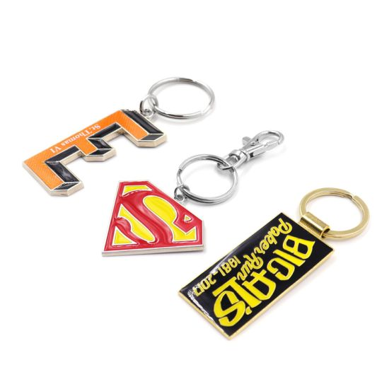 Custom Canada Souvenir Logo Key Chains for Gift pictures & photos
