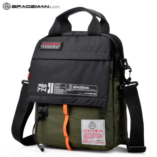 Custom Fashion Portable Light Waterproof Big Capacity Outdoor Men Women Lady Camping Hiking Travel Sports Clumbing School Computer Gift Laptop Backpack Bag